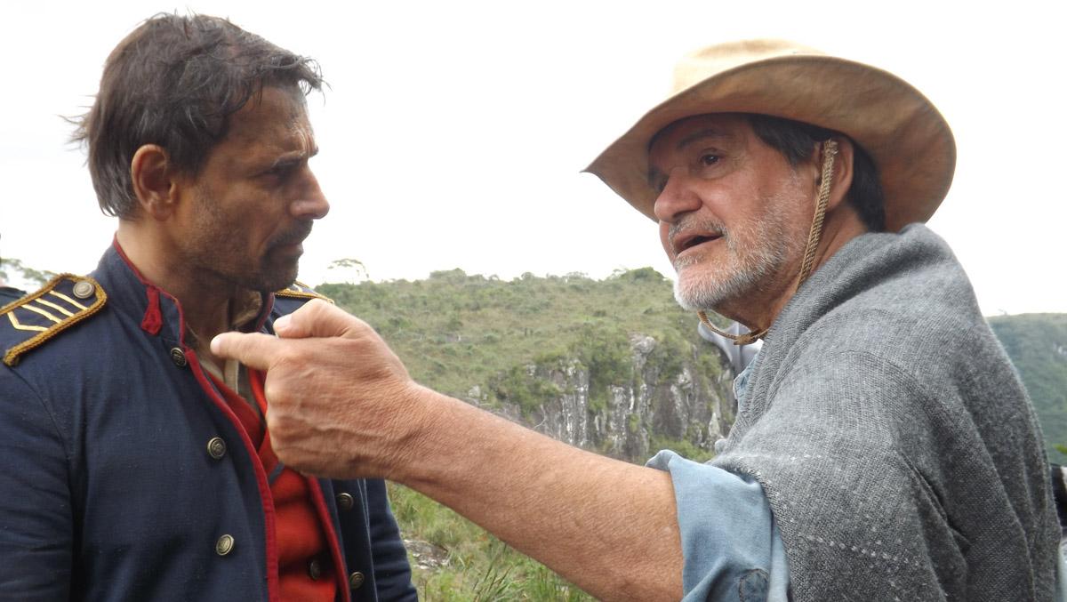 8. Murilo Rosa e o diretor Tabajara Ruas no set de filmagens de ACGS - by Tomás Ruas